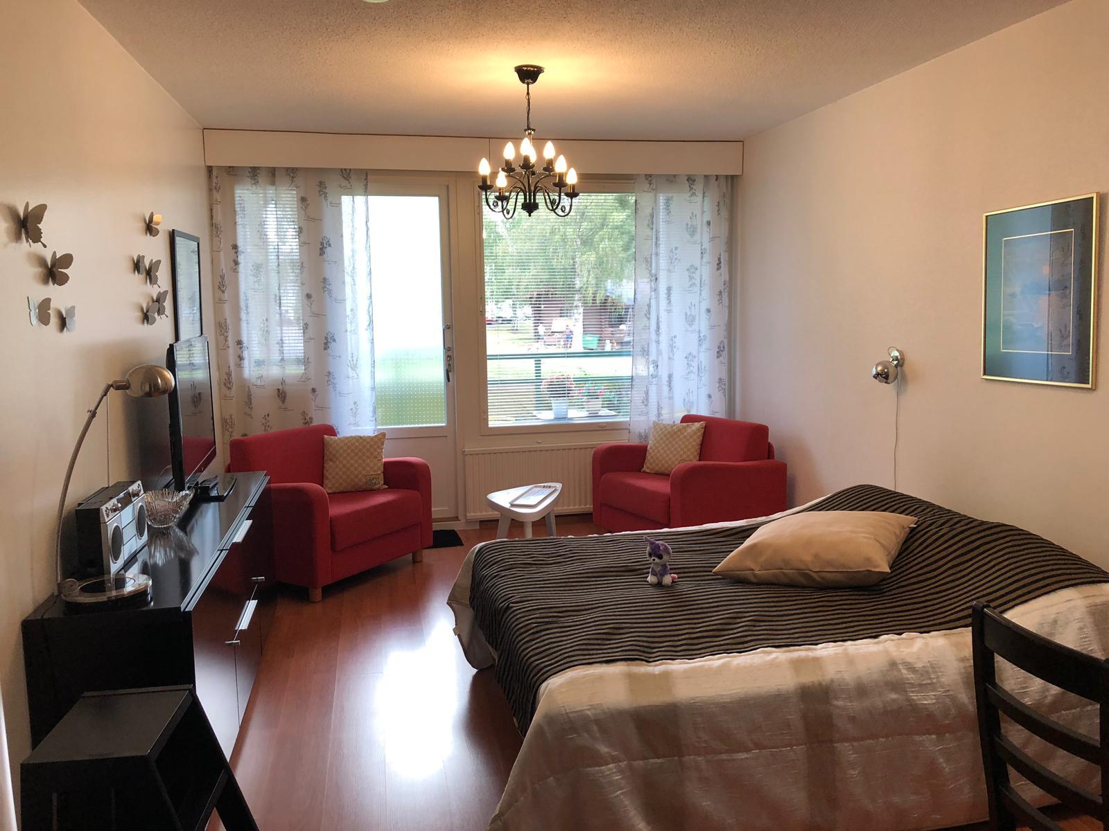 *Kylpylä-Hotelli 135